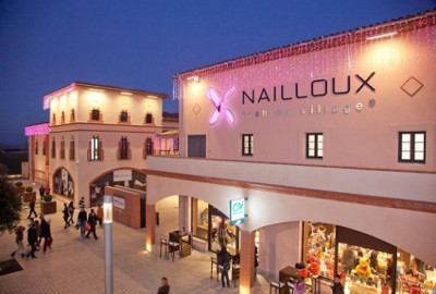 nailloux outlet